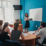Lektoři cizích jazyků – proč rádi učí v Correctu
